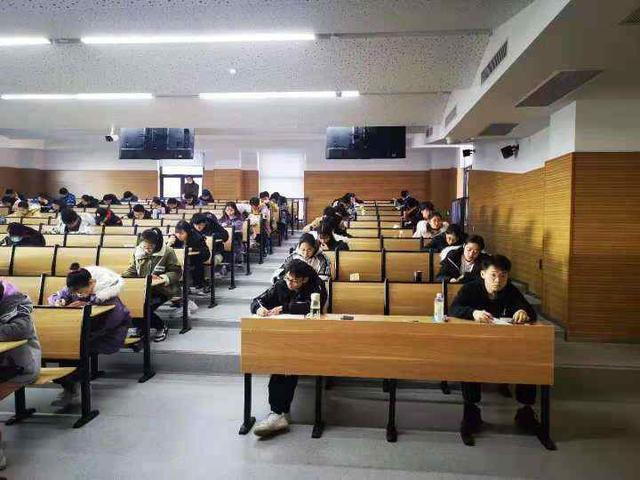 【职业技能培训学校办学宗旨怎么写】今起浙江部分高校提前开始考试周 已有一批学生放寒假
