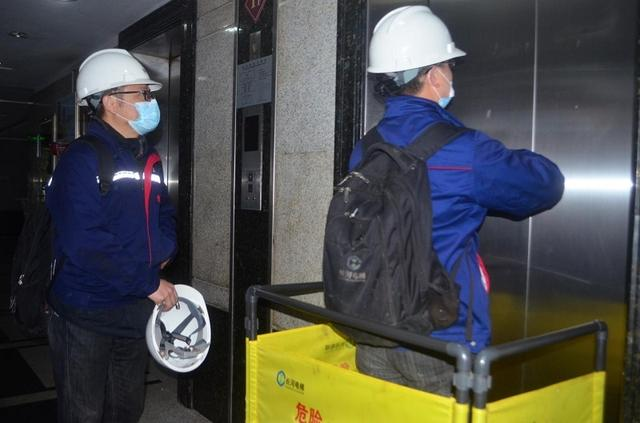 【实用技术及职业技能培训的目的】乘坐电梯遇故障被困咋办?成都武侯这堂安全课告诉你