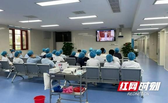 【急救技能全员培训】长沙市口腔医院:保洁人员院感再培训,切实保障医疗安全