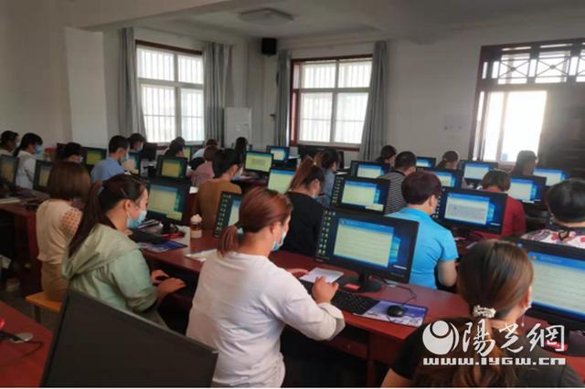 凤翔:免费技能培训 助力重点群体就业