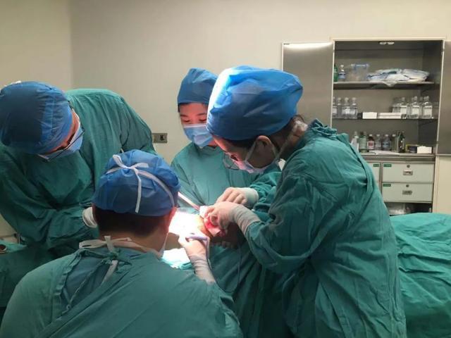 「勿以伤小而不为」 ----伤口造口专科护理顺利开展