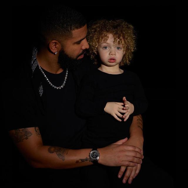 美国最火黑人Rapper生出白人小孩,这是要喜当爹的节奏?