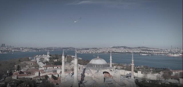 土耳其头条发布:网络音乐会激情上演 7大名胜合体创视听盛宴