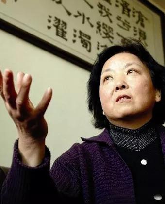 """65岁作家""""武汉日记""""走红,这才是疫情报道该有的样子"""