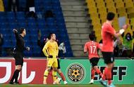 国足控球26%,韩国中卫破门,于大宝比较尴尬,两奇兵发挥欠佳