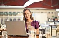 职场女生要想拒绝同事的追求,你可以试试下面这四个方法
