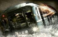 地铁出轨到底有多可怕?3分钟看完灾难电影《夺命地铁》