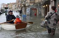 威尼斯进入紧急状态,50年来最大危机降临,80%地区被淹无法居住