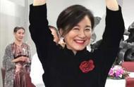 林青霞65岁庆生照曝光!黑色丝绒旗袍配红高跟秒杀巩俐妥妥的