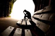"""""""我有抑郁症,所以就去死一死。拜拜啦。""""女大学生自杀微博成网友树洞 53027条留言自救互助"""