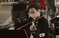 Henry刘宪华朴正炫《Shallow》凸显音乐才华 观众报以热烈掌声