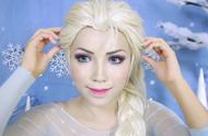 國外女子仿妝海洋奇緣,將自己美妝打扮成了艾莎女王