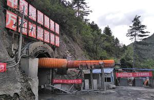 丽江至香格里拉铁路一项目涉嫌瞒报死亡事故,政府介入调查