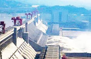 三峡水电站一年发电1000亿度,赚了多少钱?颠覆想象!