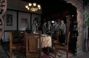 日本武士给博士接风,没料摊上黑店在菜中下毒,一顿饭全干掉!