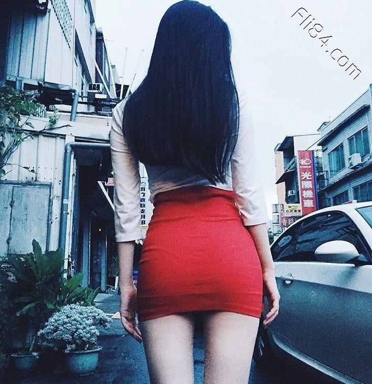 大眼性感护理师Elle怡葶,制服底下隐藏着饱满美乳